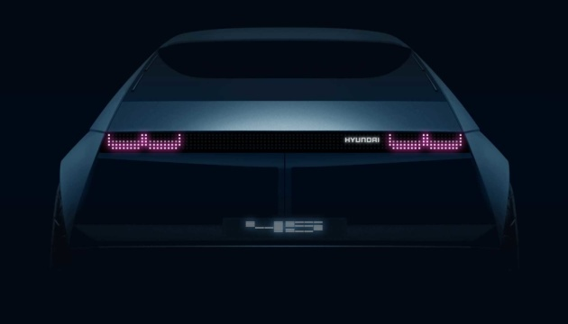 Hyundai показав прототип нового електрокара