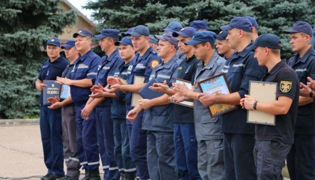 Обстріляні Мар'їнка й Красногорівка: з 2017 року відновили майже 300 будинків