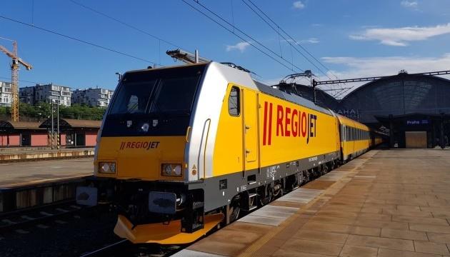 Чеський перевізник планує запустити до України прямий потяг