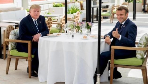 Макрон і Трамп провели незаплановану зустріч перед початком саміту G7