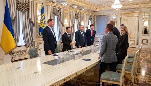 Зеленський і керівництво СКУ обговорили головні напрямки співпраці