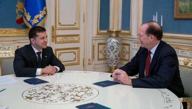 Зеленский подтвердил намерение провести земельную реформу - Всемирный банк