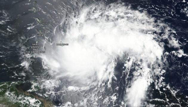 На Пуэрто-Рико надвигается тропический шторм, Трамп объявил чрезвычайное положение