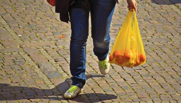 У Данії хочуть заборонити пластикові пакети