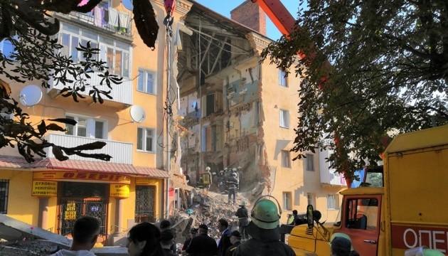 Обвалення будинку в Дрогобичі: кількість жертв зросла до шести