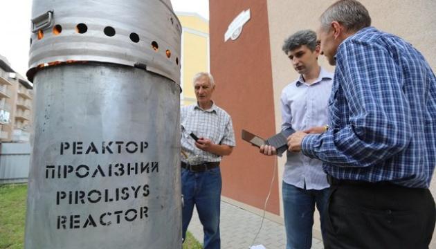 Українські науковці запропонували безпечний спосіб переробки відходів птахівництва