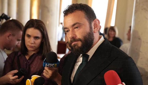 Дубінський вирішив з'ясувати, скільки колег хочуть його виключення зі «Слуги народу»