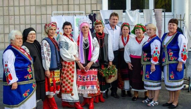 У Пирятині пройшов показ старовинного українського одягу
