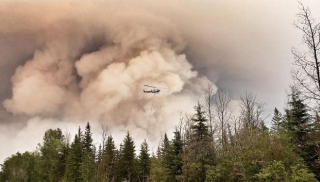 Пожежі в Канаді знищили майже два мільйони гектарів лісу