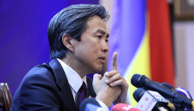 Посол Китаю назвав наклепом заяву Болтона про