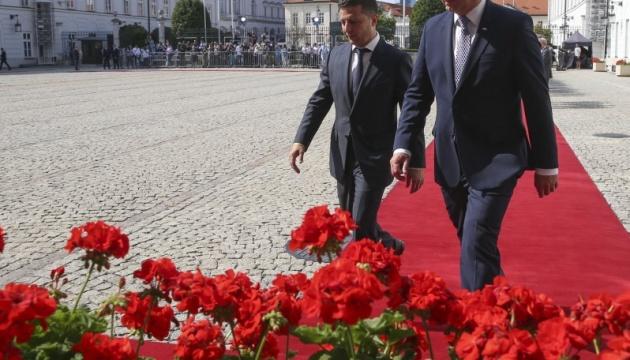 La présidence Zelensky - Page 3 630_360_1567249158-6453