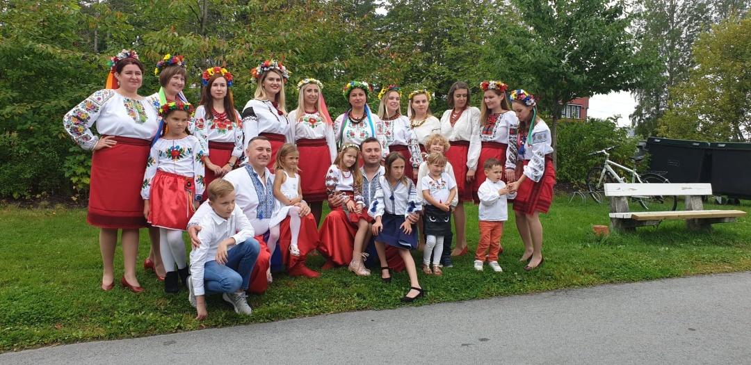 1567525991 209 - Учні української школи в Норвегії творчо привітали громаду з Днем Незалежності