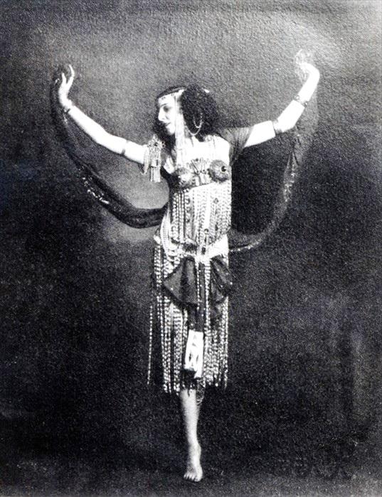 Саломея, фоторепродукция В. Дюжаева, 1910 г.
