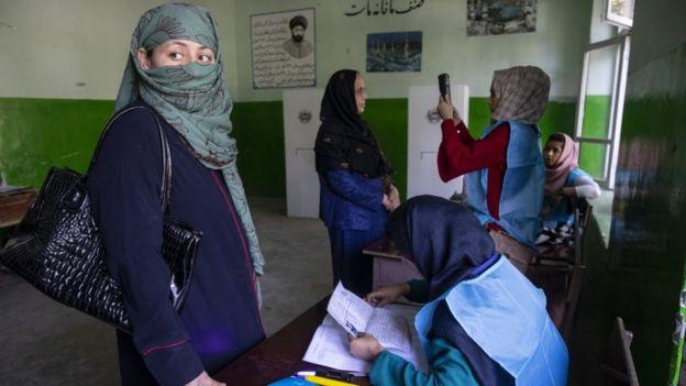 жінки становлять 35% з афганців, які зареєструвалися для голосування