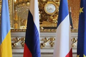 Zelensky trata con Macron los preparativos para la cumbre Normandía
