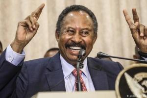 Задержанный во время переворота премьер Судана вернулся в резиденцию