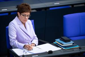 ЄС під час оцінки зовнішніх загроз має пам'ятати про агресію Росії - Міноборони ФРН