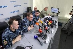 Uwolnieni z rosyjskiej niewoli marynarze zorganizowali konferencję prasową w Ukrinform WIDEO ZDJĘCIE