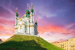 Как Православная Церковь Украины отвечает на вызовы в условиях гибридной войны?