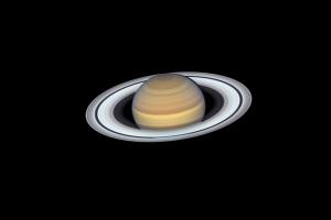 """Телескоп """"Хаббл"""" сделал новый снимок Сатурна"""