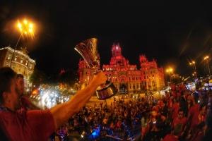 Тисячі іспанців у Мадриді привітали свою збірну з перемогою на ЧС з баскетболу