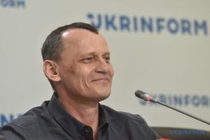 Karpyuk: Debemos recordar que muchos ciudadanos de Ucrania todavía quedan encarcelados en Rusia