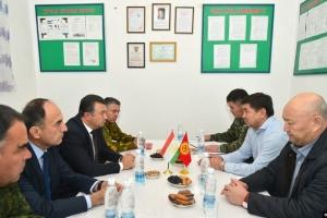 Кыргызстан и Таджикистан согласовали отвод войск на границе