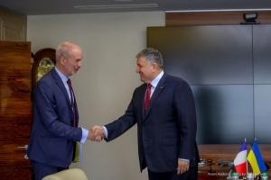 L'Ukraine veut acheter des patrouilleurs à la France