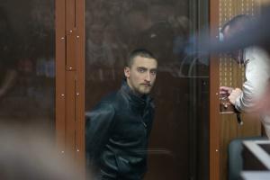 Московський суд відпустив актора Устинова під підписку про невиїзд