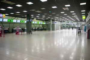 В аэропорту «Киев» и столичных медучреждениях ищут взрывчатку
