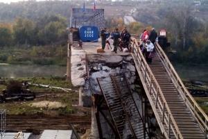 Українська сторона продовжує підготовчі роботи по відновленню мосту біля Станиці