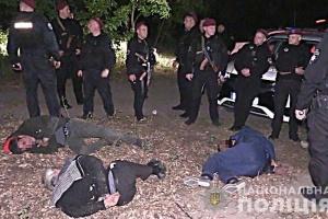 На Оболоні обстріляли поліцейський патруль