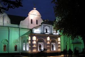 """У столичному Музеї історичних коштовностей відкривається виставка """"Персні"""""""