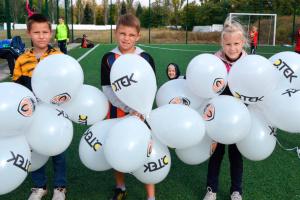 """""""Шахтар"""" відкрив футбольні майданчики в Білецькому і Бурштині"""