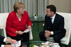 Zelensky, Merkel agree on financial assistance to fight against coronavirus