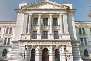 ДСНС вимагає через суд припинити навчальння в корпусах Одеського медуніверситету