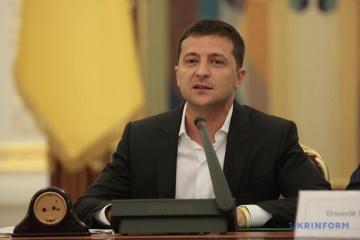 ゼレンシキー大統領、農地売却禁止を12月1日までに止めるべきと主張