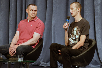 解放のコリチェンコ氏とセンツォフ氏、拘束時の状況を説明