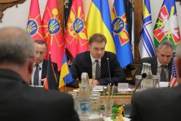 Le ministre ukrainien de la Défense s'est entretenu avec l'ambassadeur de France