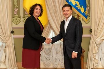 El presidente de Ucrania acepta las credenciales de embajadores de estados europeos (Fotos)