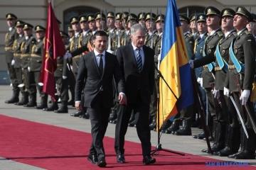 Zelensky y Niinisto se reúnen en el Palacio Mariinsky