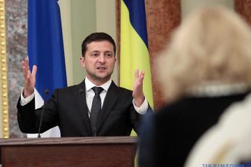 Selenskyj: Nur Ukrainer dürfen Boden kaufen