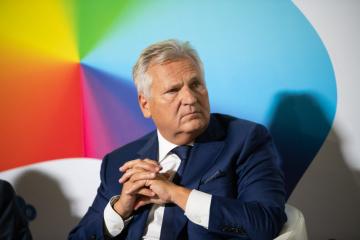 Zełenski ma pół roku na spełnienie oczekiwań społeczeństwa – Kwaśniewski