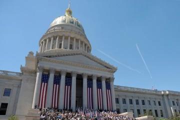 Izba Reprezentantów wszczęła formalną procedurę impeachmentu w stosunku do Trumpa