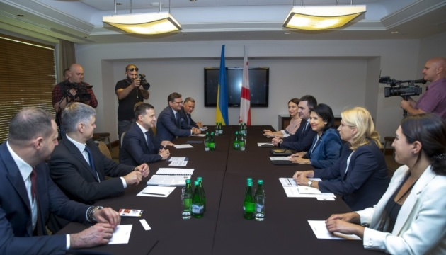 Зеленський і Зурабішвілі обговорили координацію співпраці з інституціями ЄС