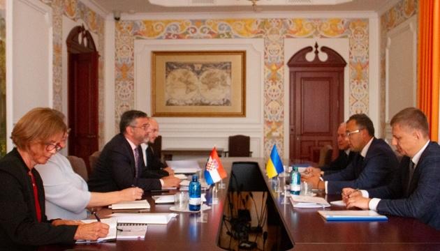 Україна і Хорватія домовилися про взаємні візити на найвищому рівні