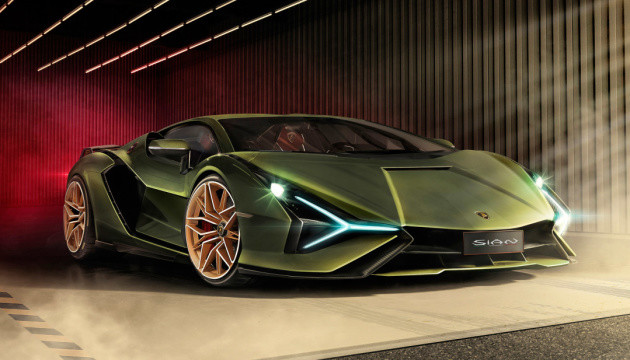 Lamborghini показав перший електрифікований суперкар