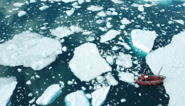 Крижаний покрив Гренландії тане з рекордною швидкістю — вчені