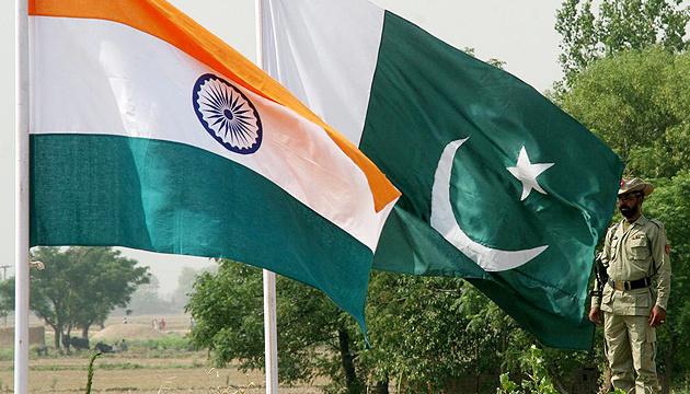 Статус Кашміра: Пакистан та Індія поновили дипломатичні переговори