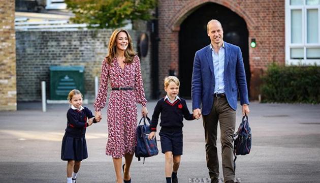 4-летняя принцесса Шарлотта пошла в школу
